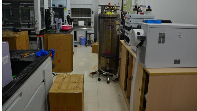 实验室搬迁找普通搬家公司可以吗?帮德运告诉您