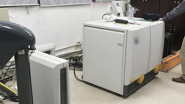 广州实验仪器搬迁公司教你防范液体喷溅|帮德运