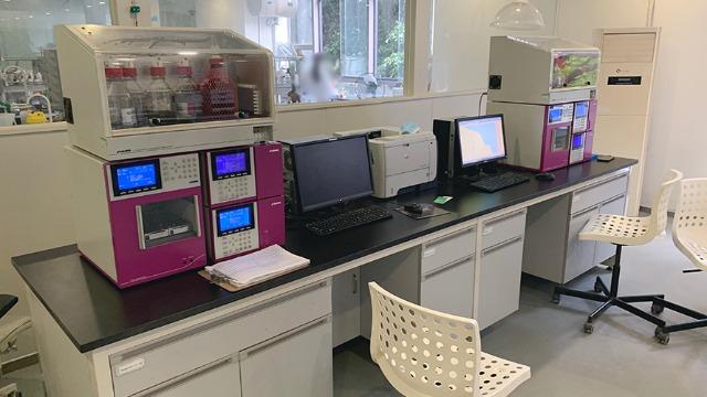 汉中实验室搬迁公司:实验室中为什么要穿白大褂|帮德运