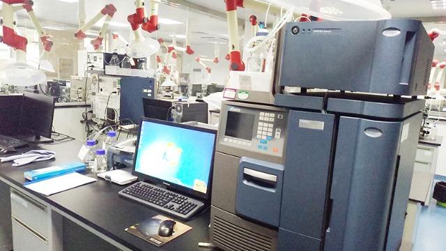 大庆实验室搬迁公司带你看冒热气的冰|帮德运