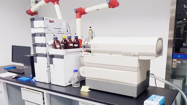 成都精密仪器设备bob电竞客户端下载公司为各大实验室提供一对一技术服务