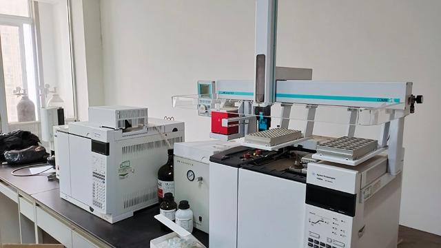 海伦仪器设备搬运公司发展大豆产业