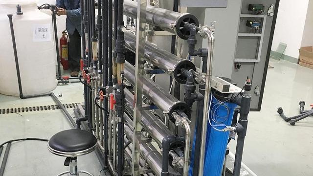 阿克苏市实验室设备搬迁助力土地生态优化项目