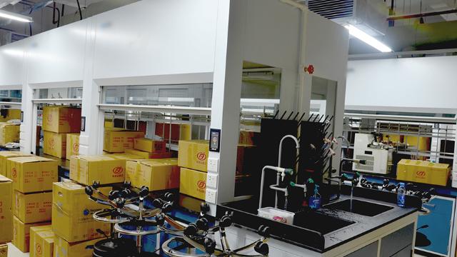 河蟹产业带动汉川市实验室设备搬迁的发展