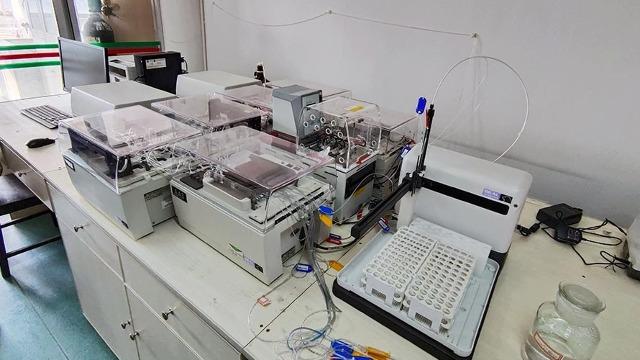 京山市实验室设备搬迁助力异地扶贫搬迁