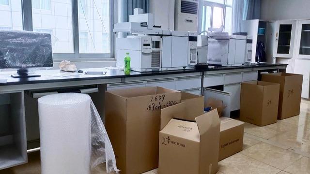 贵溪实验室设备搬运公司按时为员工缴纳保险