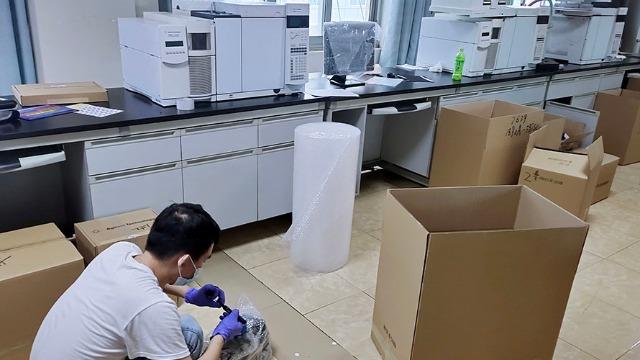 张家界医院搬迁设备人员要注意健身